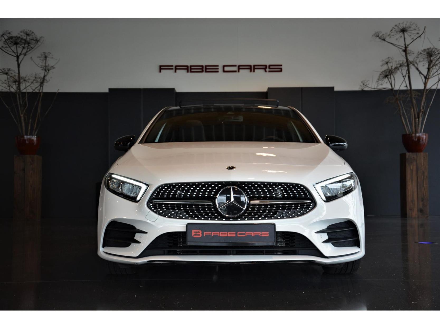 Mercedes-Benz A-klasse 200 AMG-Line pano sfeer memory