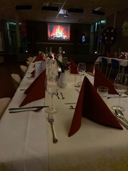 restaurant-1.jpg?>
